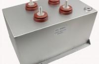 脉冲电容器